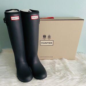 Hunter Matte Black Tall Boots / size 10